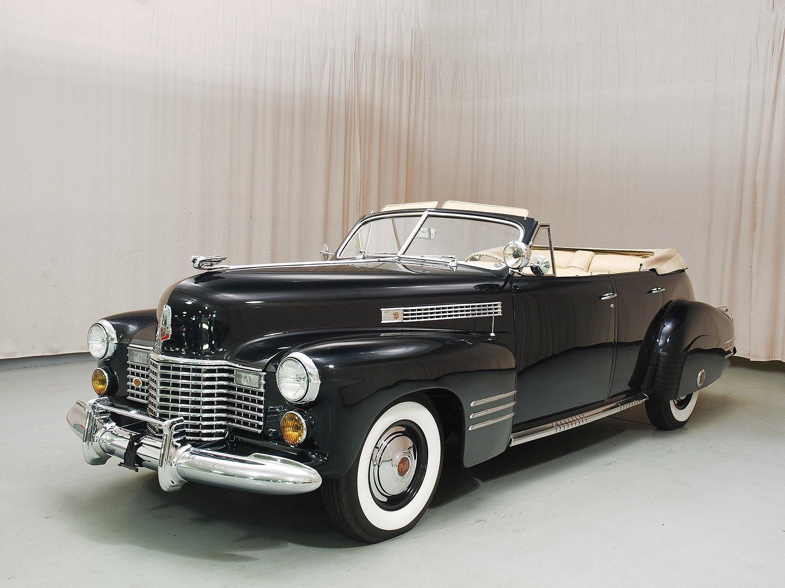 1941 Cadillac Series 62 Convertible Sedan   Classic Cars   Hyman LTD