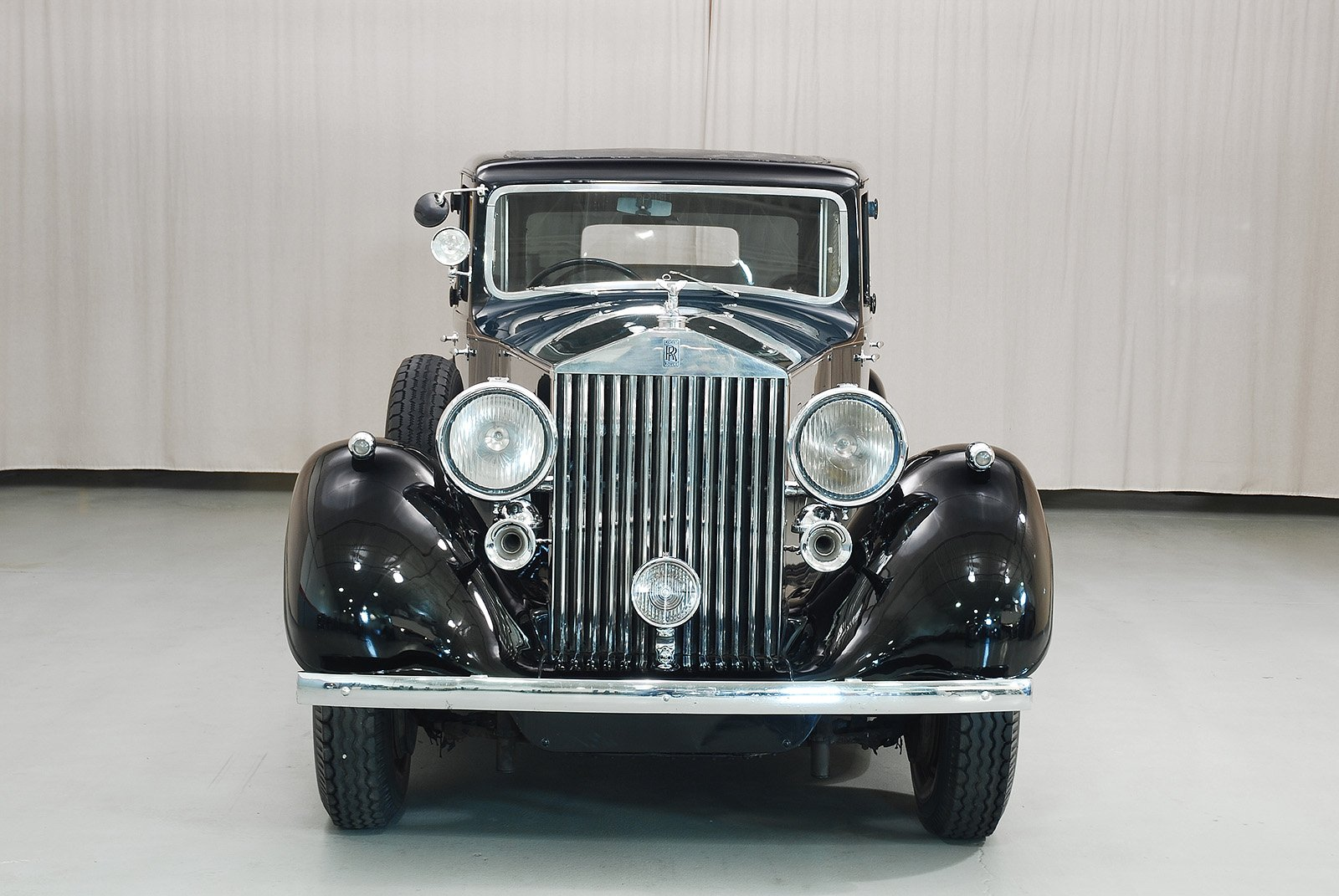 1936 rolls royce phantom iii limousine hyman ltd classic cars. Black Bedroom Furniture Sets. Home Design Ideas