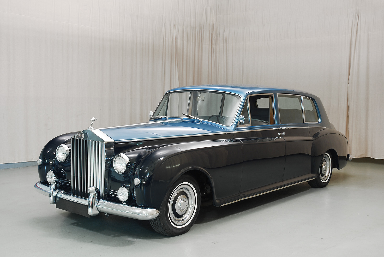 Rolls Royce Limo >> 1962 Rolls-Royce Phantom V Limo - Hyman Ltd. Classic Cars