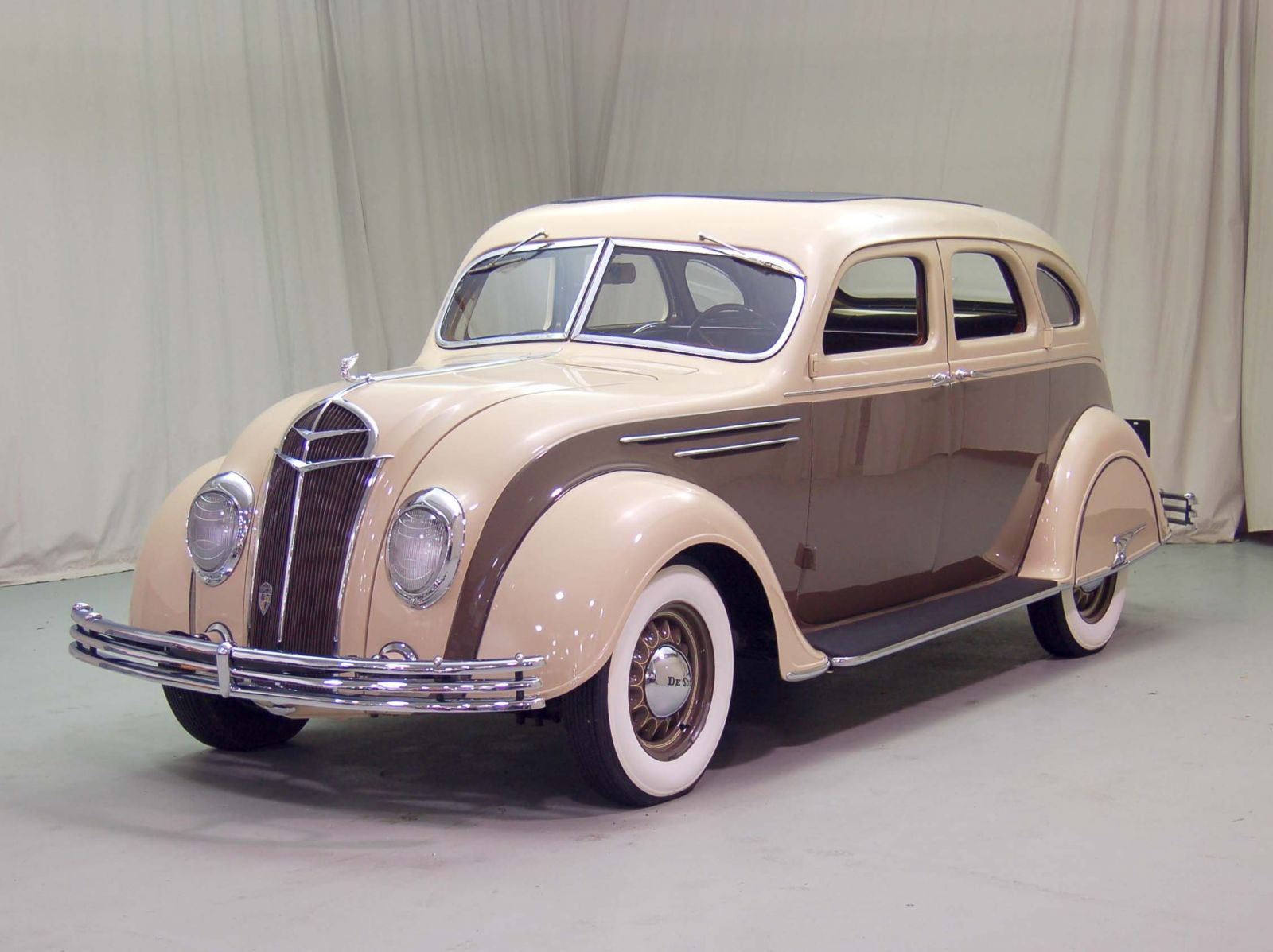 1935 DeSoto Airflow Classic Car For Sale   Buy 1935 DeSoto Airflow at Hyman LTD