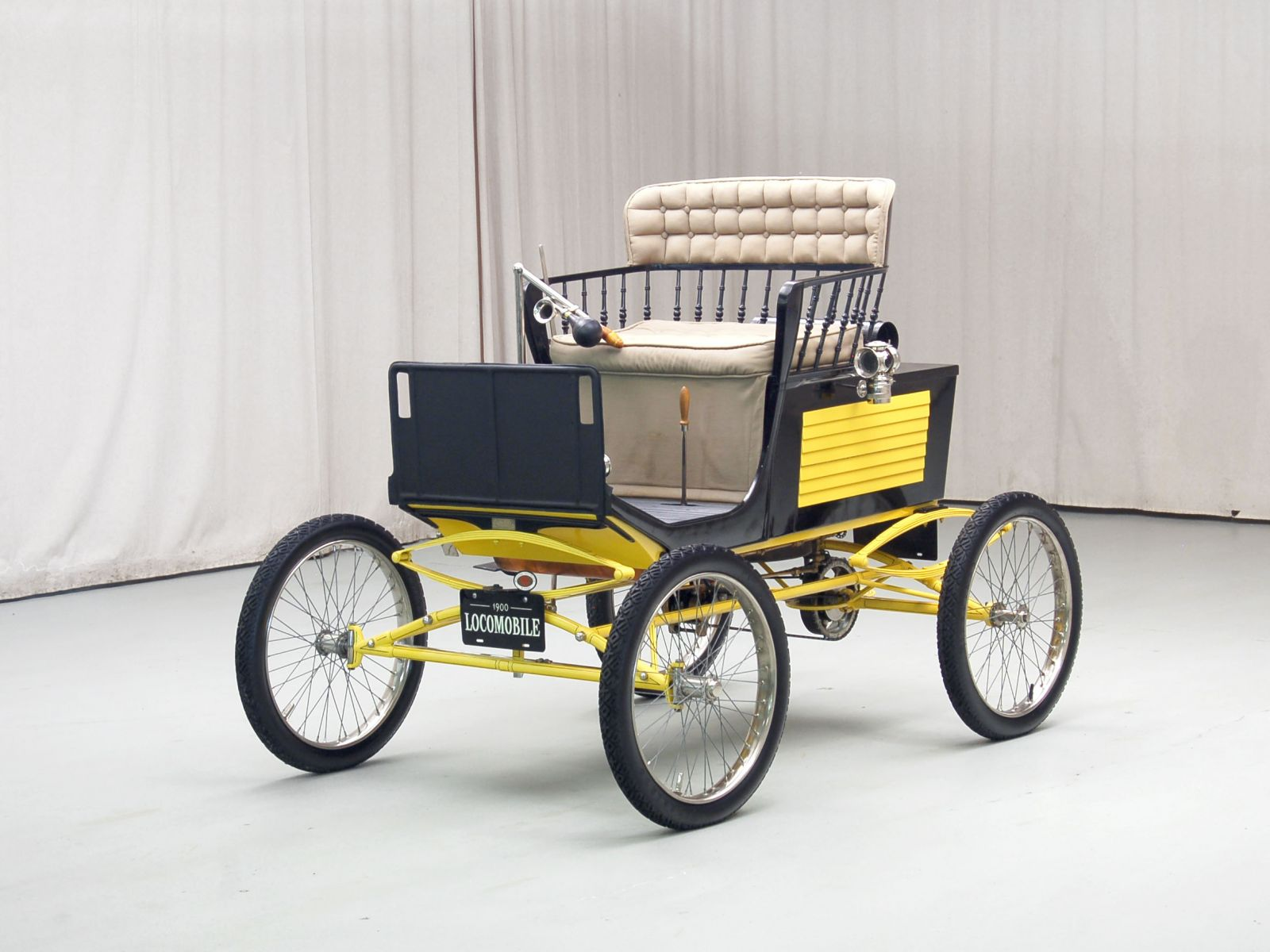 1900 Locomobile Steam Runabout