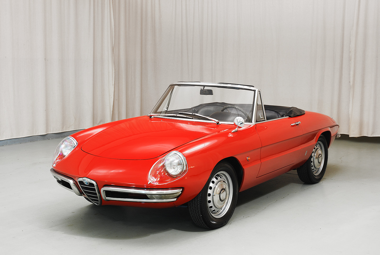 Alfa Romeo Duetto Spyder Hyman Ltd Classic Cars - Alfa romeo spyder for sale