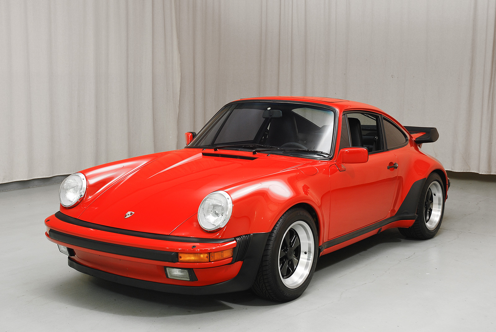 1985 porsche 930 turbo coupe hyman ltd classic cars. Black Bedroom Furniture Sets. Home Design Ideas