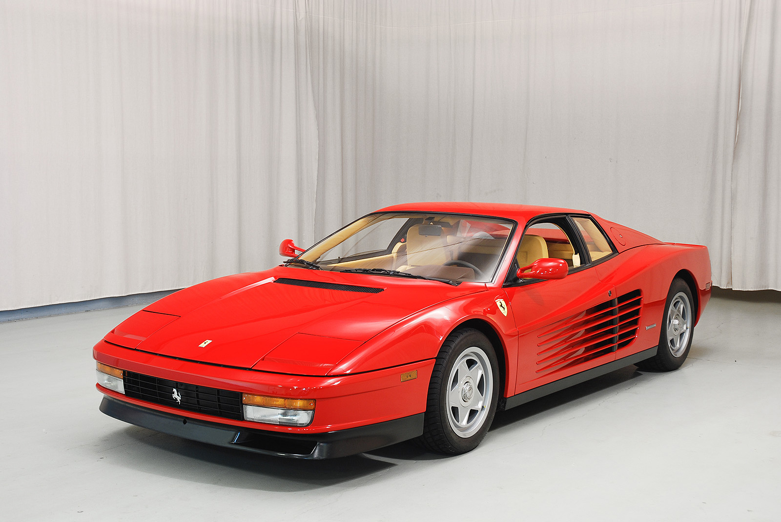 1987 ferrari testarossa coupe. Black Bedroom Furniture Sets. Home Design Ideas