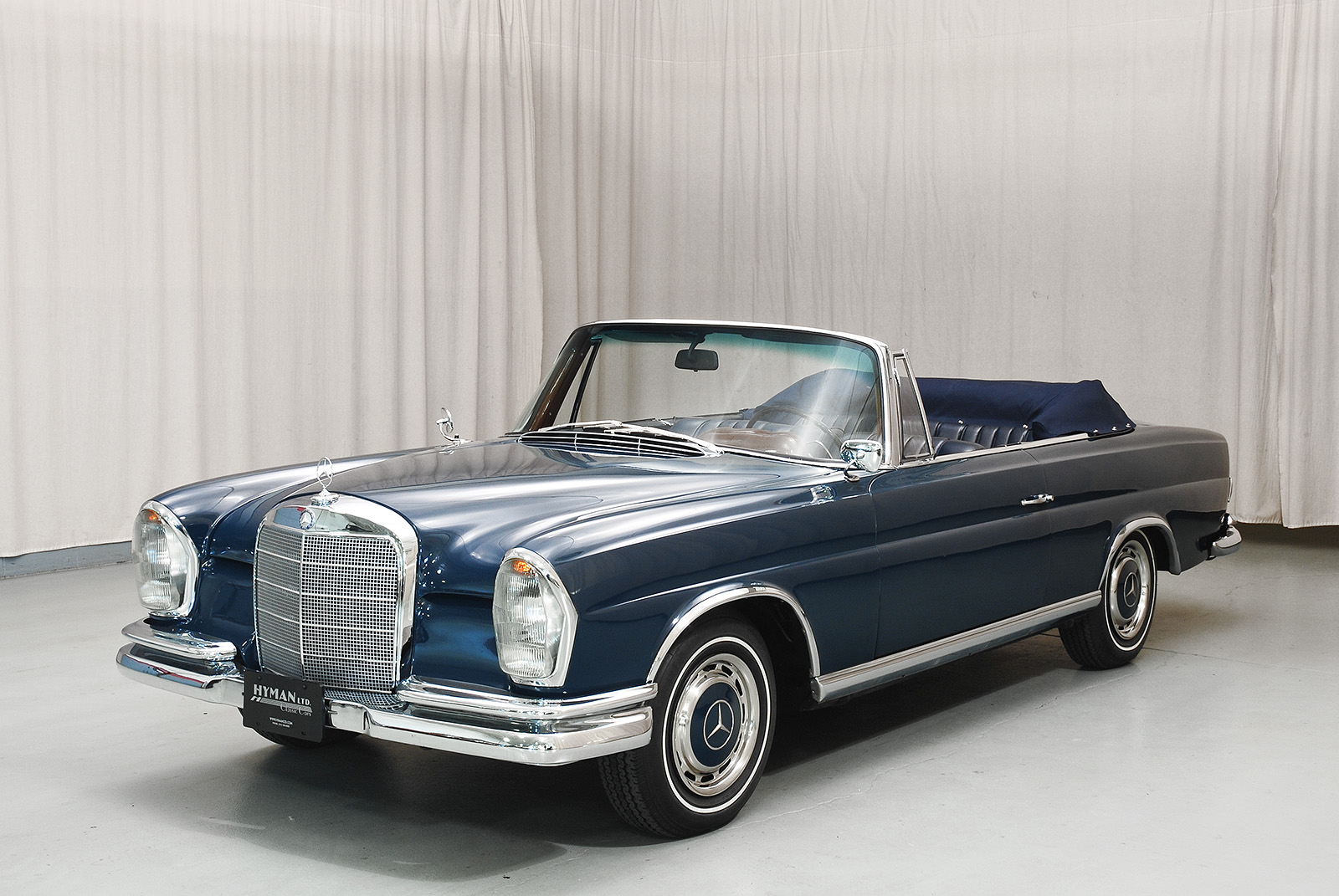 100 mercedes classic convertible classic mercedes convertible malaysia images about. Black Bedroom Furniture Sets. Home Design Ideas