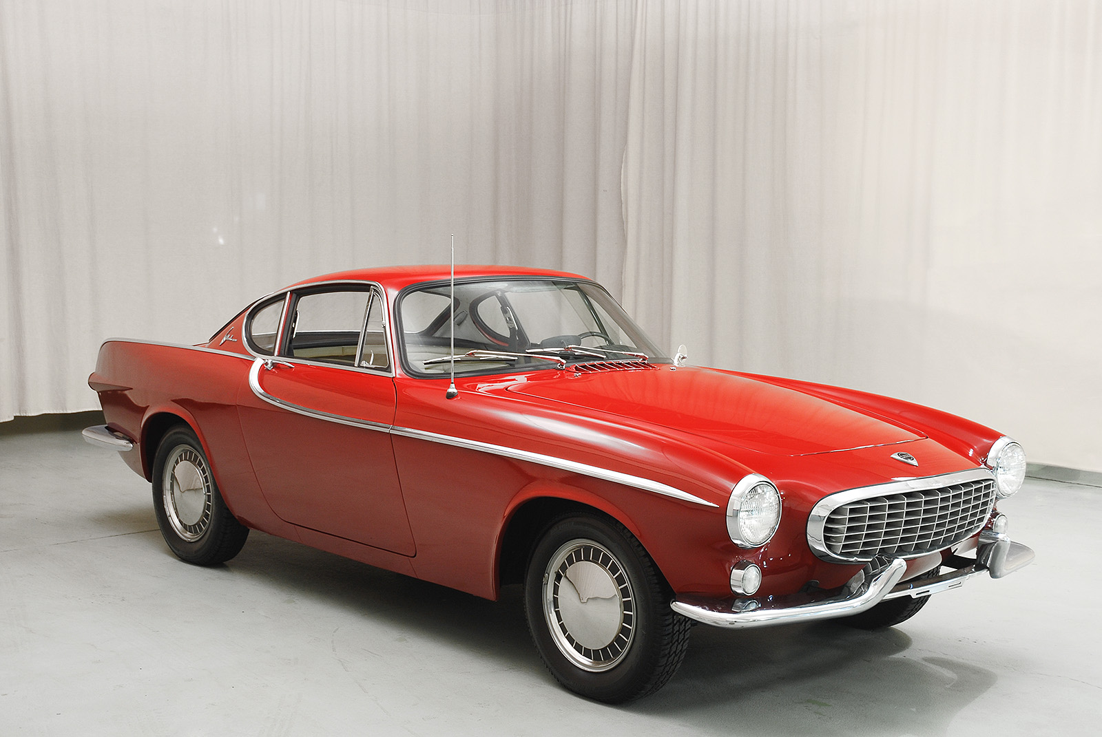Custom Radios For Classic Cars