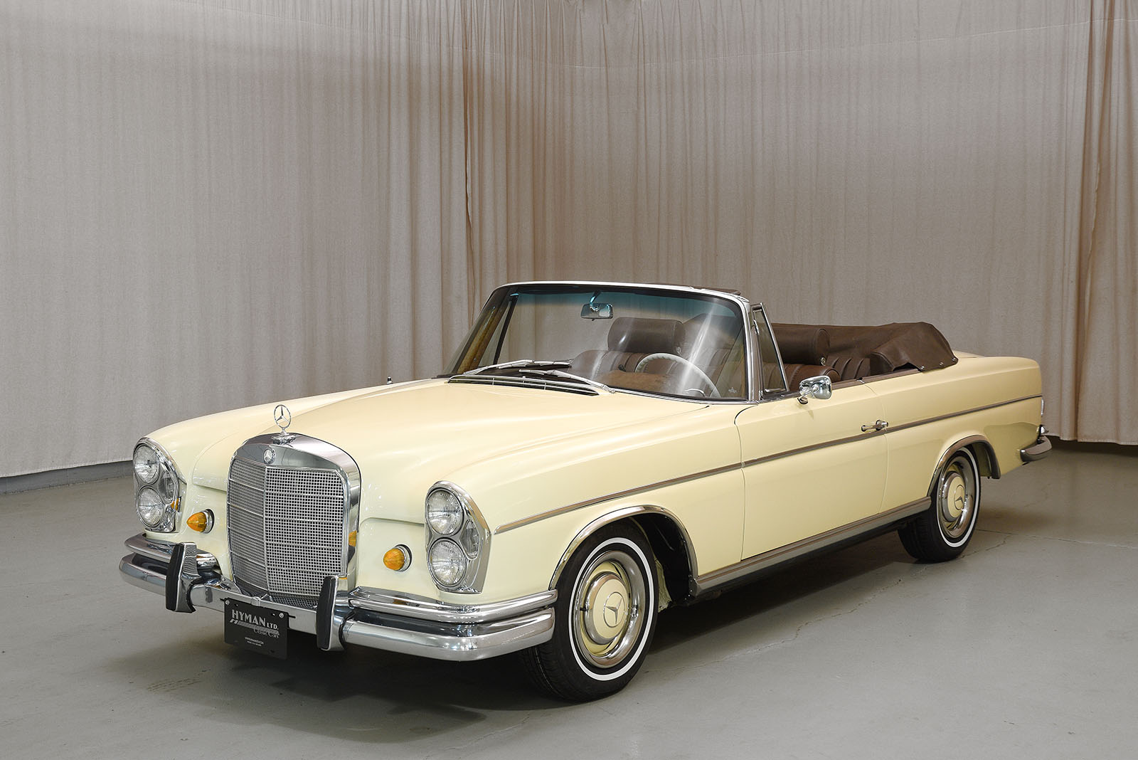 1967 Mercedes-Benz 300SE Convertible | Hyman Ltd. Classic Cars