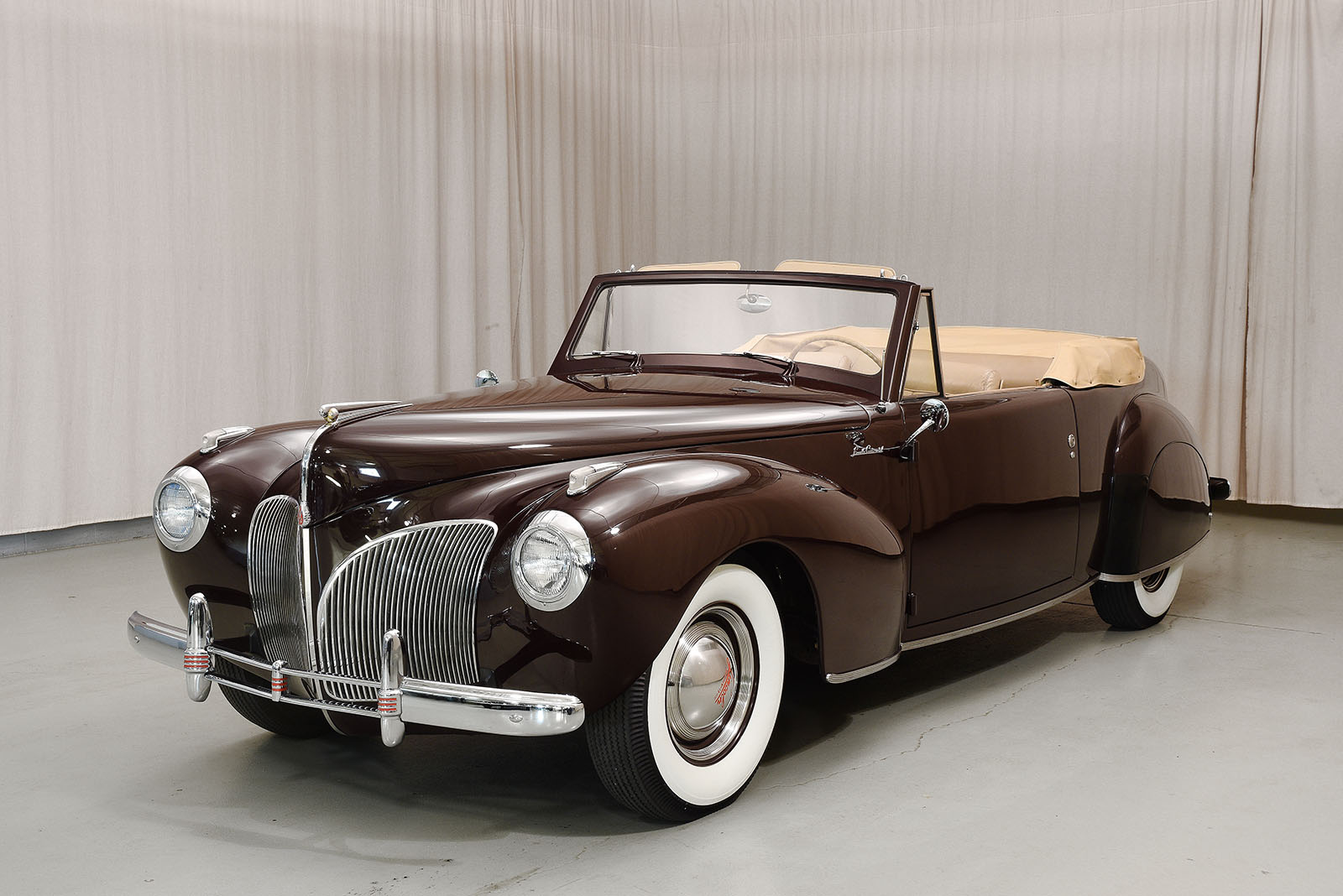 1941 lincoln continental convertible hyman ltd classic cars. Black Bedroom Furniture Sets. Home Design Ideas