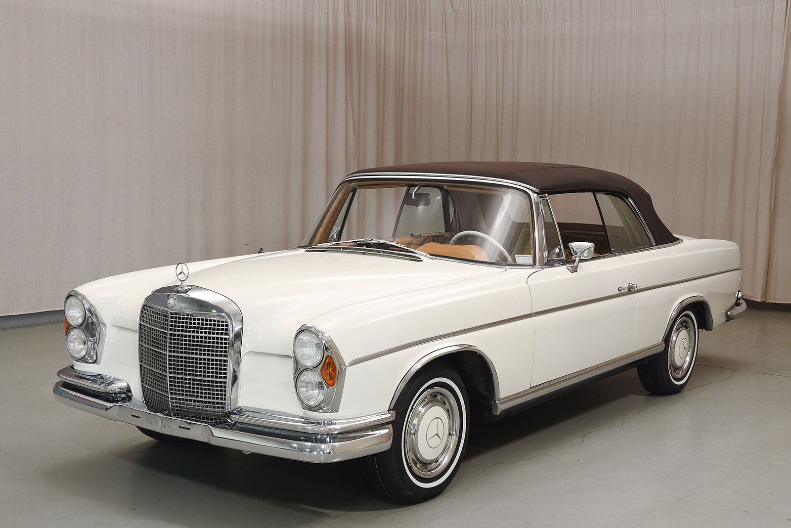 1968 mercedes benz 280se convertible hyman ltd classic cars for 1968 mercedes benz 280 se convertible