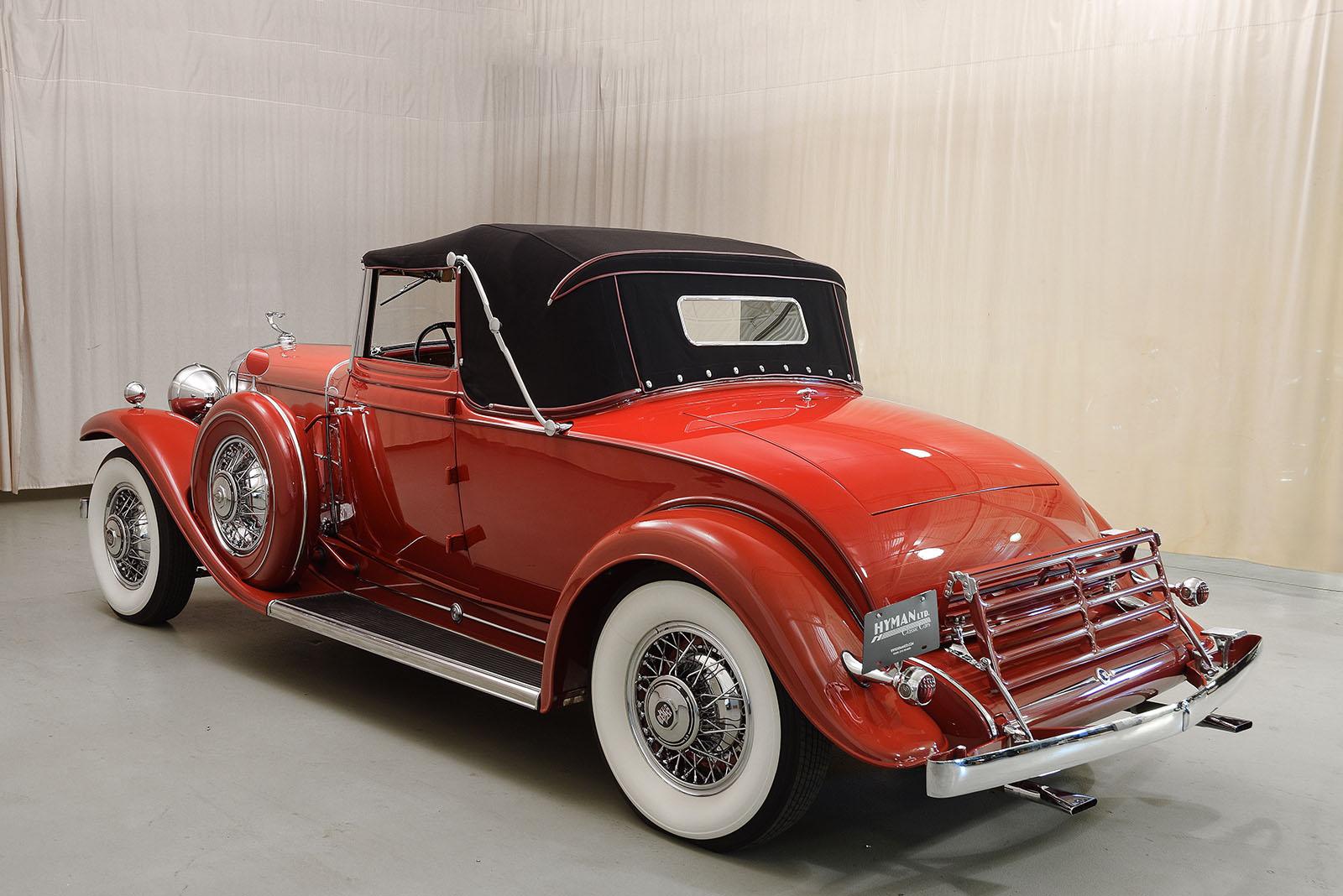 on 1930 Cadillac V8 Engine