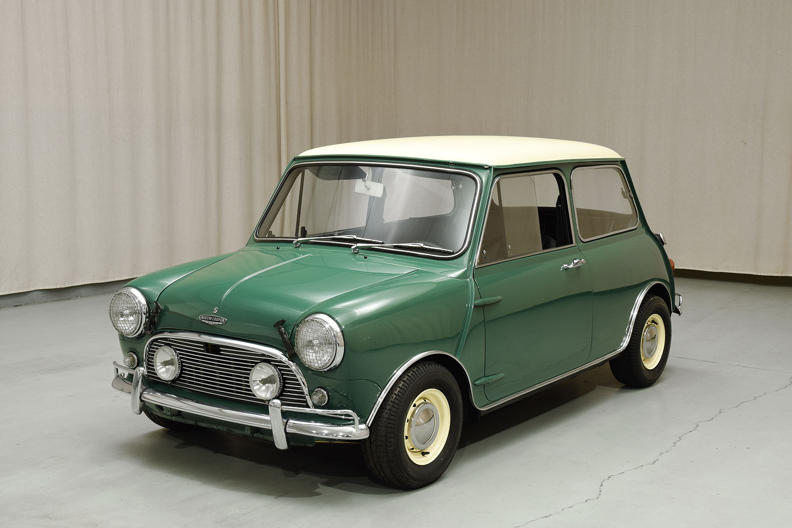 Buying And Selling Cars >> 1967 Austin Mini Cooper S Coupe