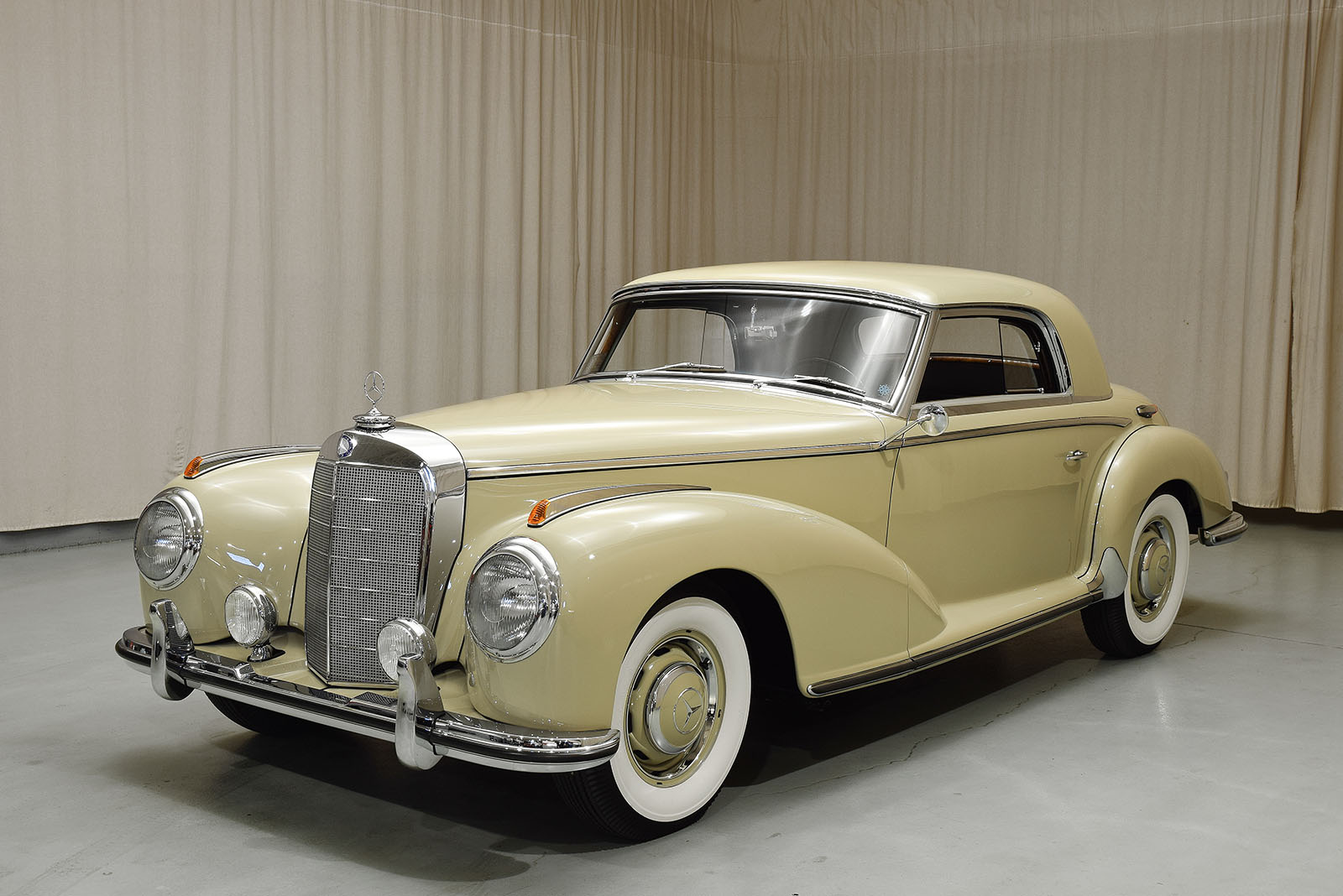 1954 mercedes benz 300s coupe hyman ltd classic cars for Mercedes benz 300s