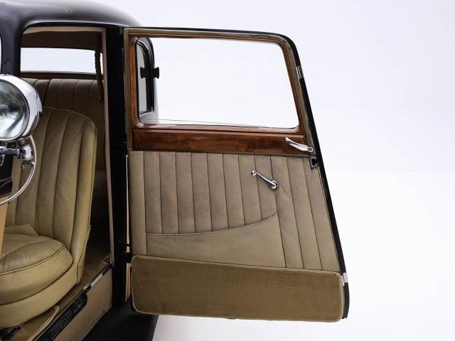1938 Bentley 4 1/4 Litre Saloon For Sale By Hyman LTD
