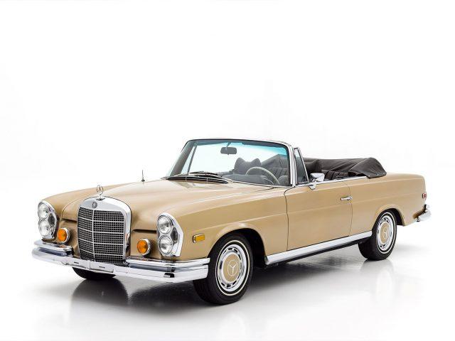 1969 Mercedes-Benz 280SE Cabriolet For Sale at Hyman LTD