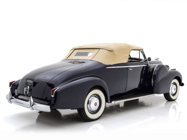 1940 Cadillac Series 75 Convertible Coupe For Sale at Hyman LTD