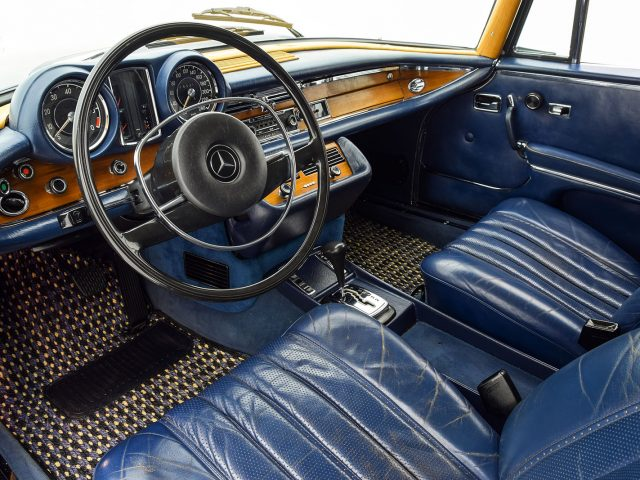 1971 Mercedes-Benz 280 SE 3.5 Coupe For Sale at Hyman LTD
