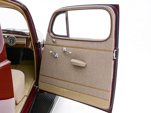 1939 Packard Six Coupe For Sale at Hyman LTD