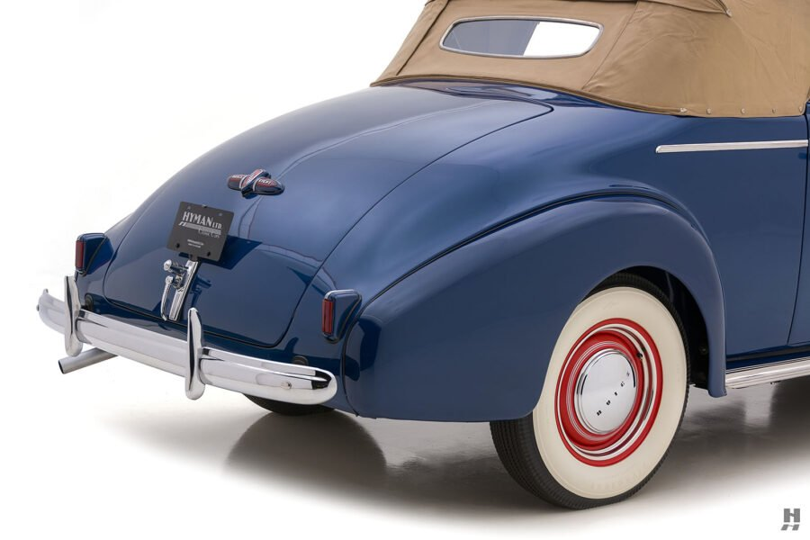 Close up of classic 1939 Buick Convertible car for sale at vintage automobile dealer