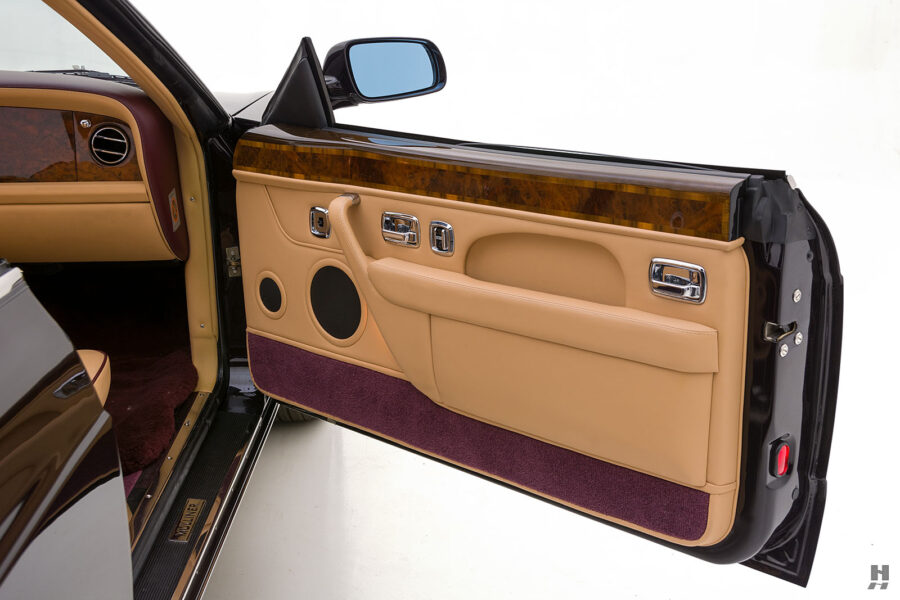 Photo of Passenger's Side Door on Old 2001 Bentley Car For Sale at Hyman Dealers in St. Louis, Missouri