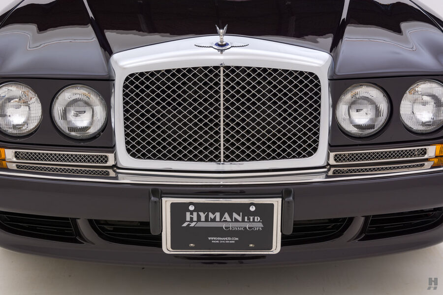 Close Up of Front of Old Bentley Car For Sale at Hyman Automobile Dealers in St. Louis