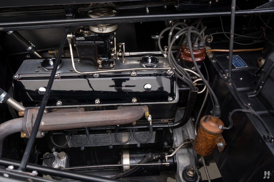 engine of classic 1938 lancia cabriolet for sale at Hyman
