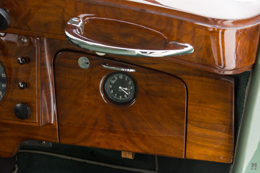 close up of dashboard on classic 1951 bentley ward coupe for sale at hyman cars