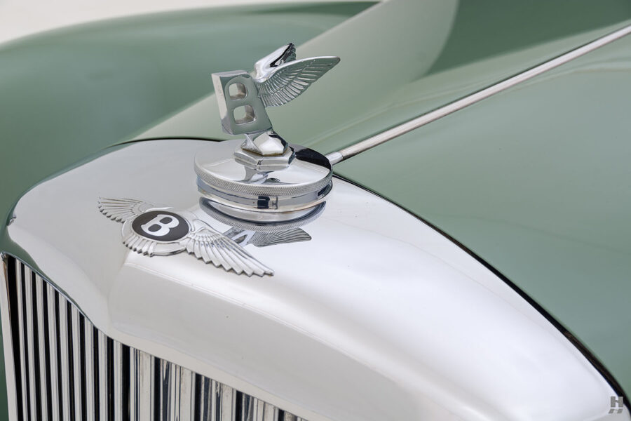 front metal piece on classic 1951 bentley ward coupe for sale at hyman cars