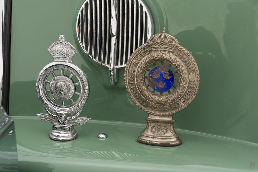 front metal pieces on classic 1951 bentley ward coupe for sale at hyman cars