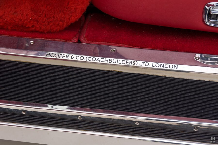 close up of logo on old bentley turbo for sale at hyman classic cars