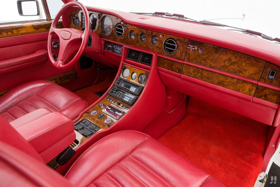 front interior of old bentley turbo for sale at hyman classic cars
