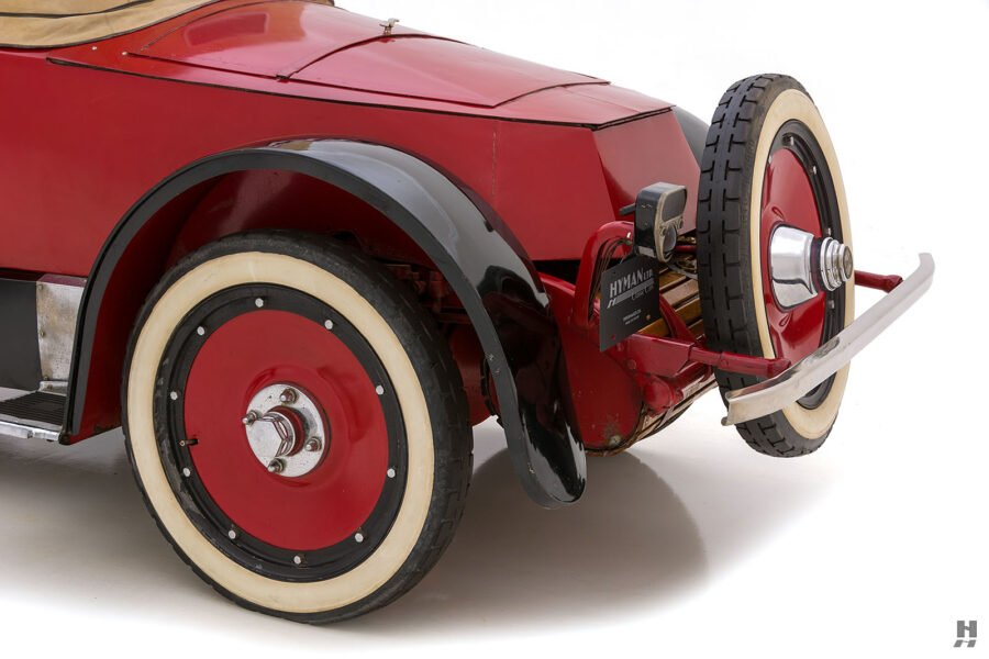 angled back view of classic 1922 Roadster car for sale at Hyman automobile dealers