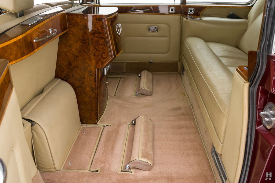 Side interior view in vintage 1975 Rolls-Royce Phantom model for sale at Hyman car dealers in St. Louis, Missouri