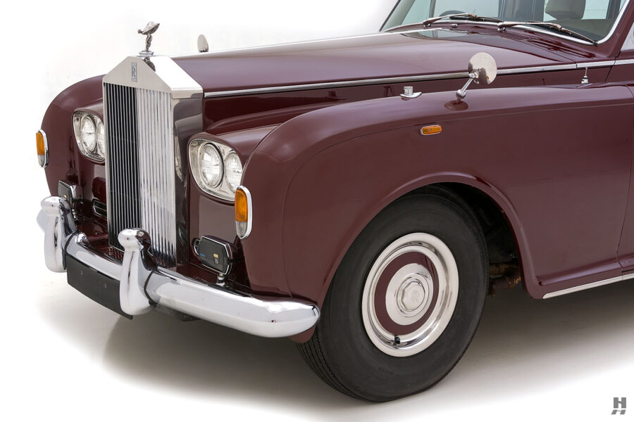 Angled view of front of classic 1975 Rolls-Royce Phantom model for sale at Hyman dealers in St. Louis, Missouri