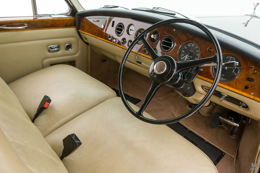 Close up of steering wheel in classic 1975 Rolls-Royce Phantom for sale at Hyman car dealers in St. Louis, Missouri