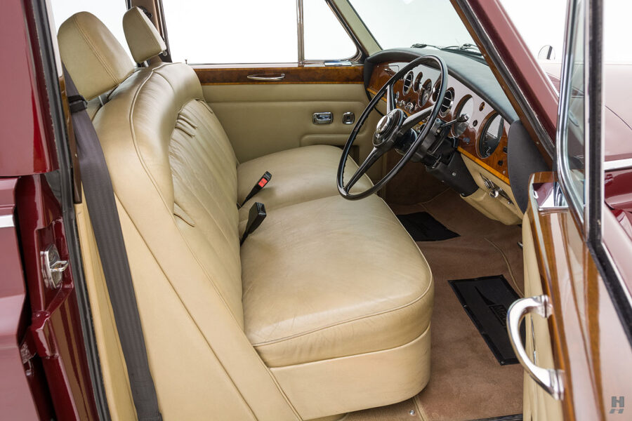 Side view of front seats in vintage 1975 Rolls-Royce Phantom model for sale at Hyman car dealers in St. Louis, Missouri