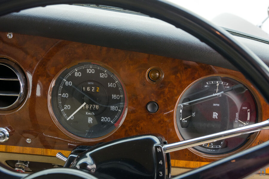 Speedometers in classic 1975 Rolls-Royce Phantom model for sale - find more classic cars at Hyman in St. Louis, Missouri