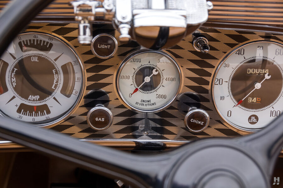 speedometers on old 1935 auburn convertible sedan for sale at hyman classic cars
