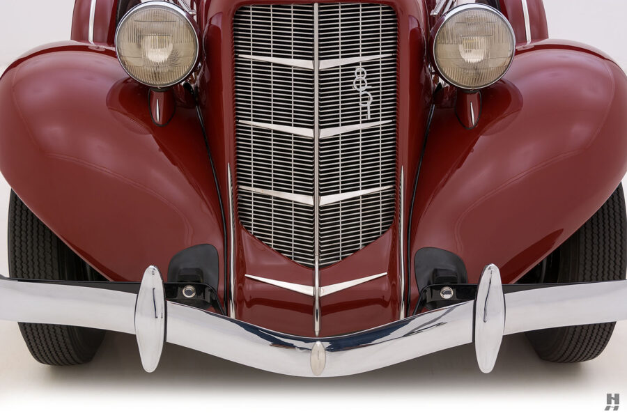 frontside of old 1935 auburn convertible sedan for sale at hyman classic cars