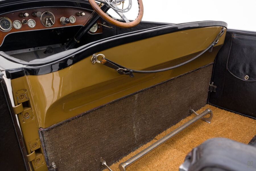 back interior of antique 1921 stutz series touring vehicle for sale at hyman cars