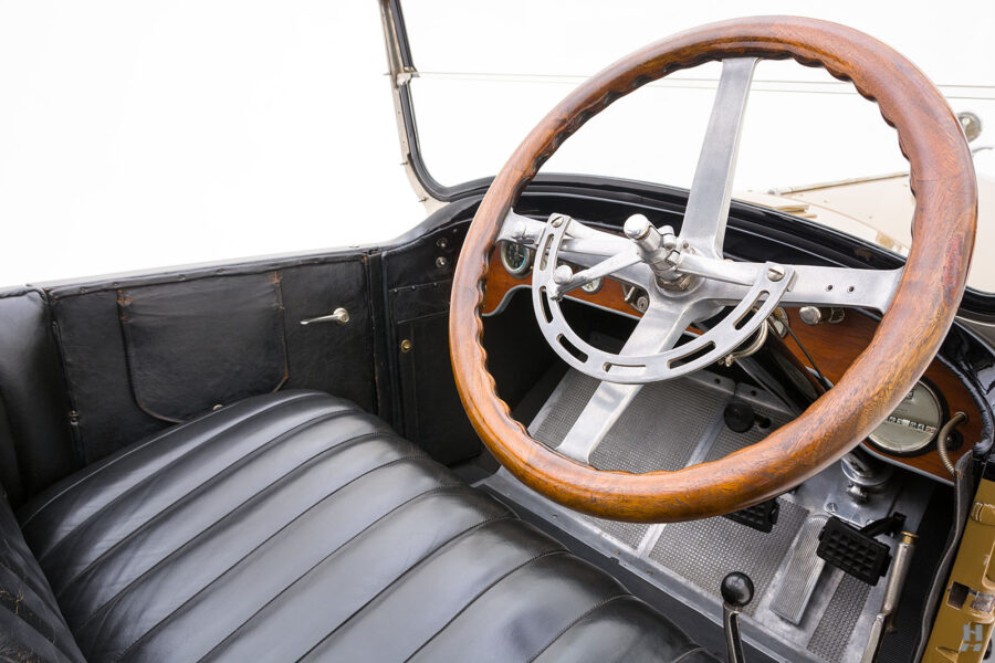 steering wheel of antique 1921 stutz series touring vehicle for sale at hyman cars