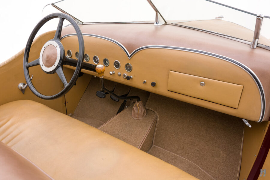 front interior of antique 1932 duesenberg speedster for sale at hyman classic car dealers