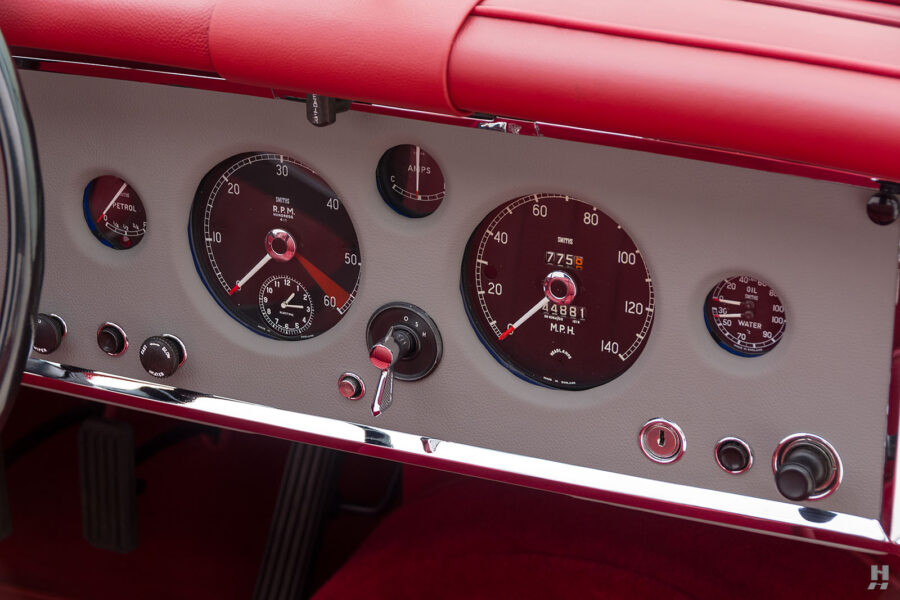 dashboard on classic 1959 jaguar roadster for sale at hyman automobile dealers