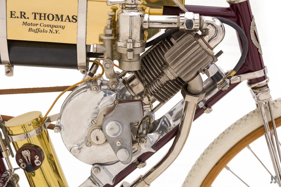 motor on vintage 1901 thomas auto bike for sale at hyman