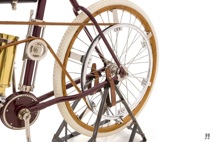 back tire on vintage 1901 thomas auto bike for sale at hyman