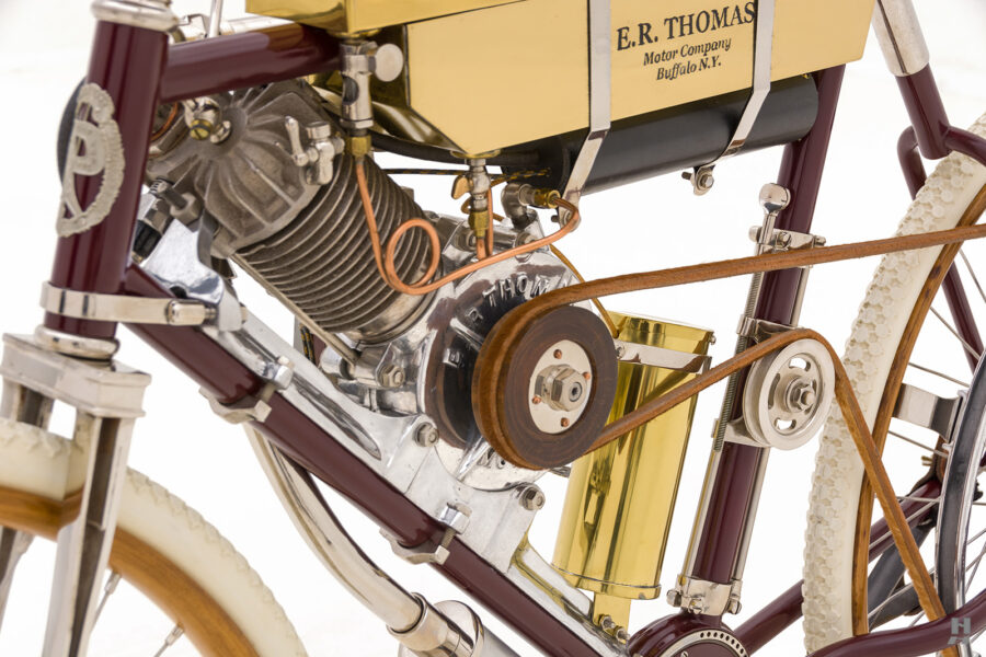 motor and gears on vintage 1901 thomas auto bike for sale at hyman
