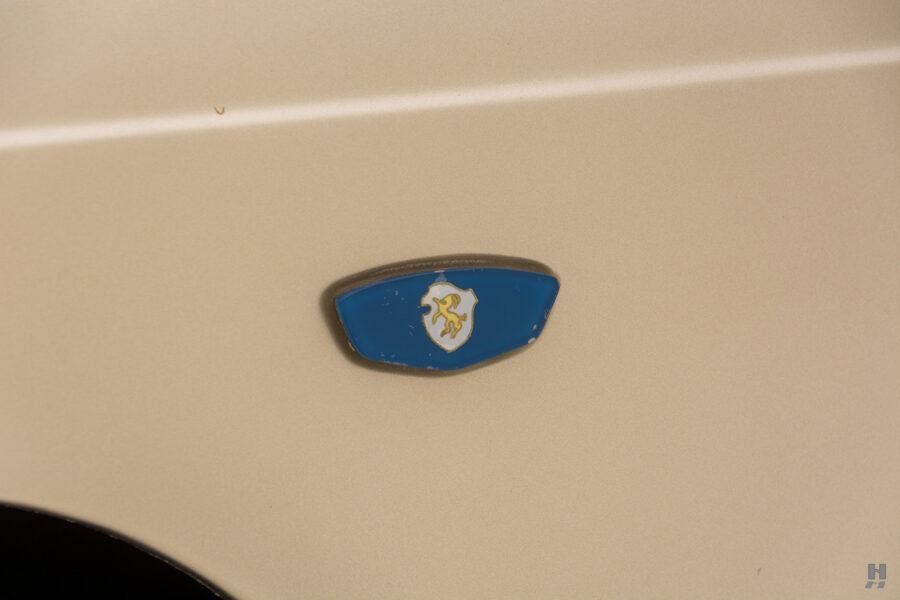 abarth logo on car