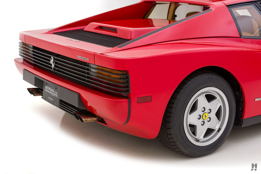 backside of classic 1990 ferrari for sale - find more cars at hyman consignment dealers