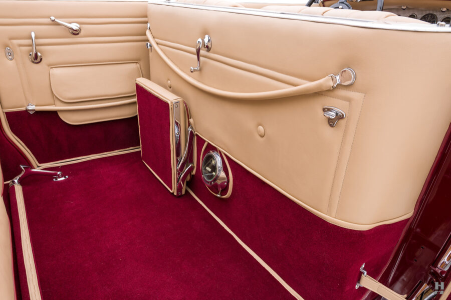 back seat (folded) in antique 1930 duesenberg for sale at hyman classic cars