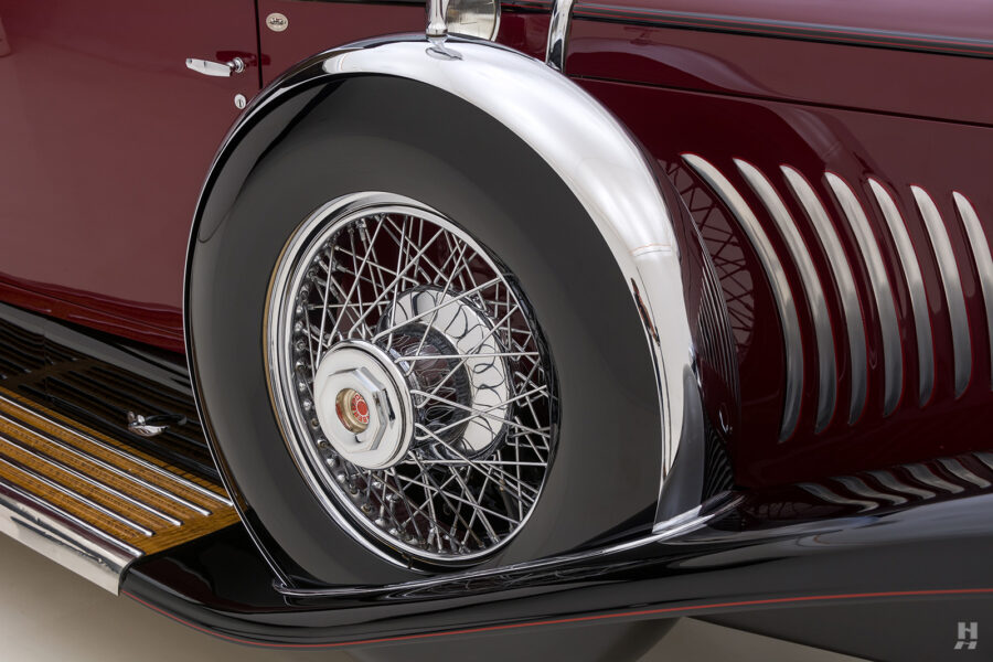 spare tire on antique 1930 duesenberg for sale at hyman classic cars